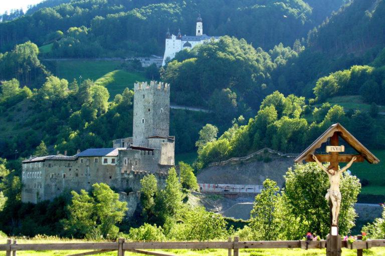 Abbazia Marienberg Burgusio Val Venosta